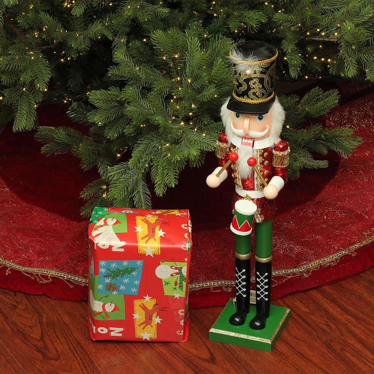 Χριστούγεννα Καρυοθραύστης από το χριστουγεννιάτικο δέντρο