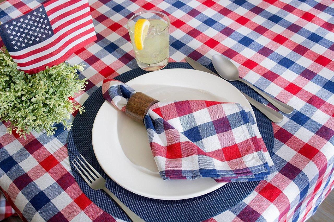 4th of July BBQ Table Layout